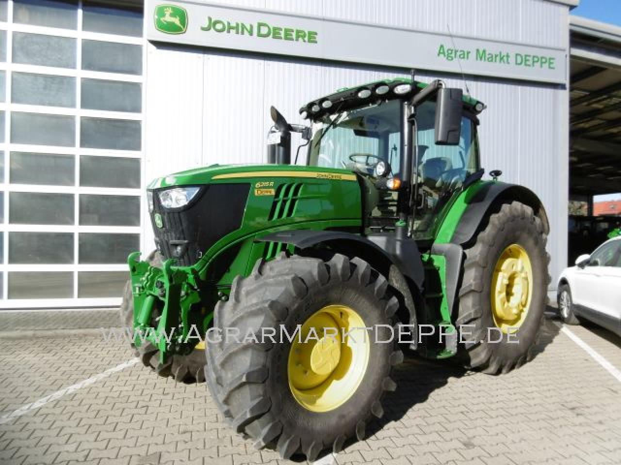 John Deere 6215R AutoTrac