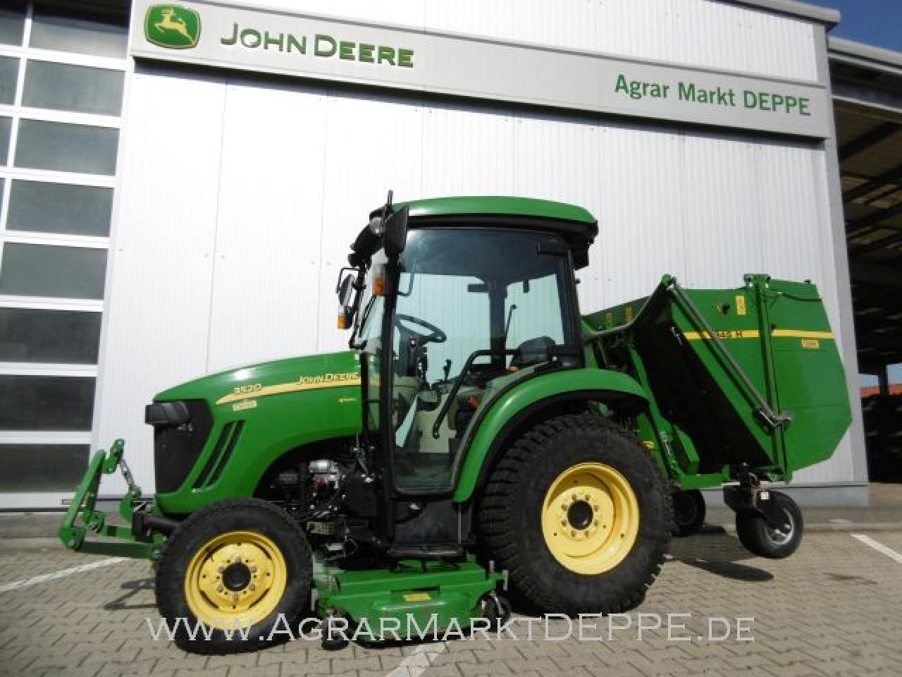 John Deere 3520