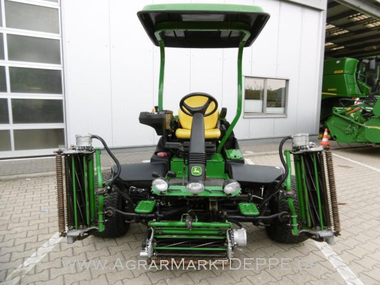 John Deere 8500E Hybrid