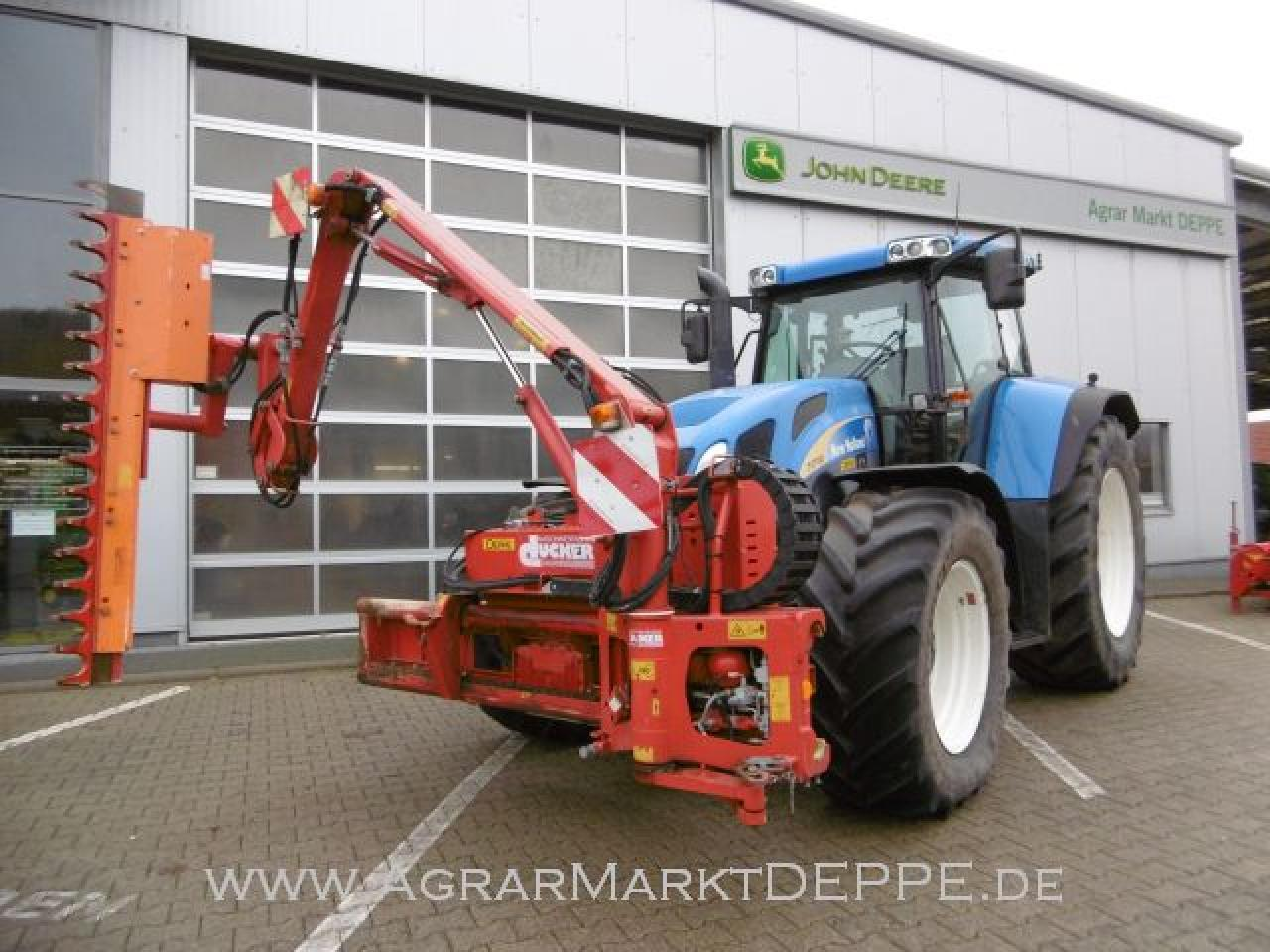 New Holland TVT 195 Astschere