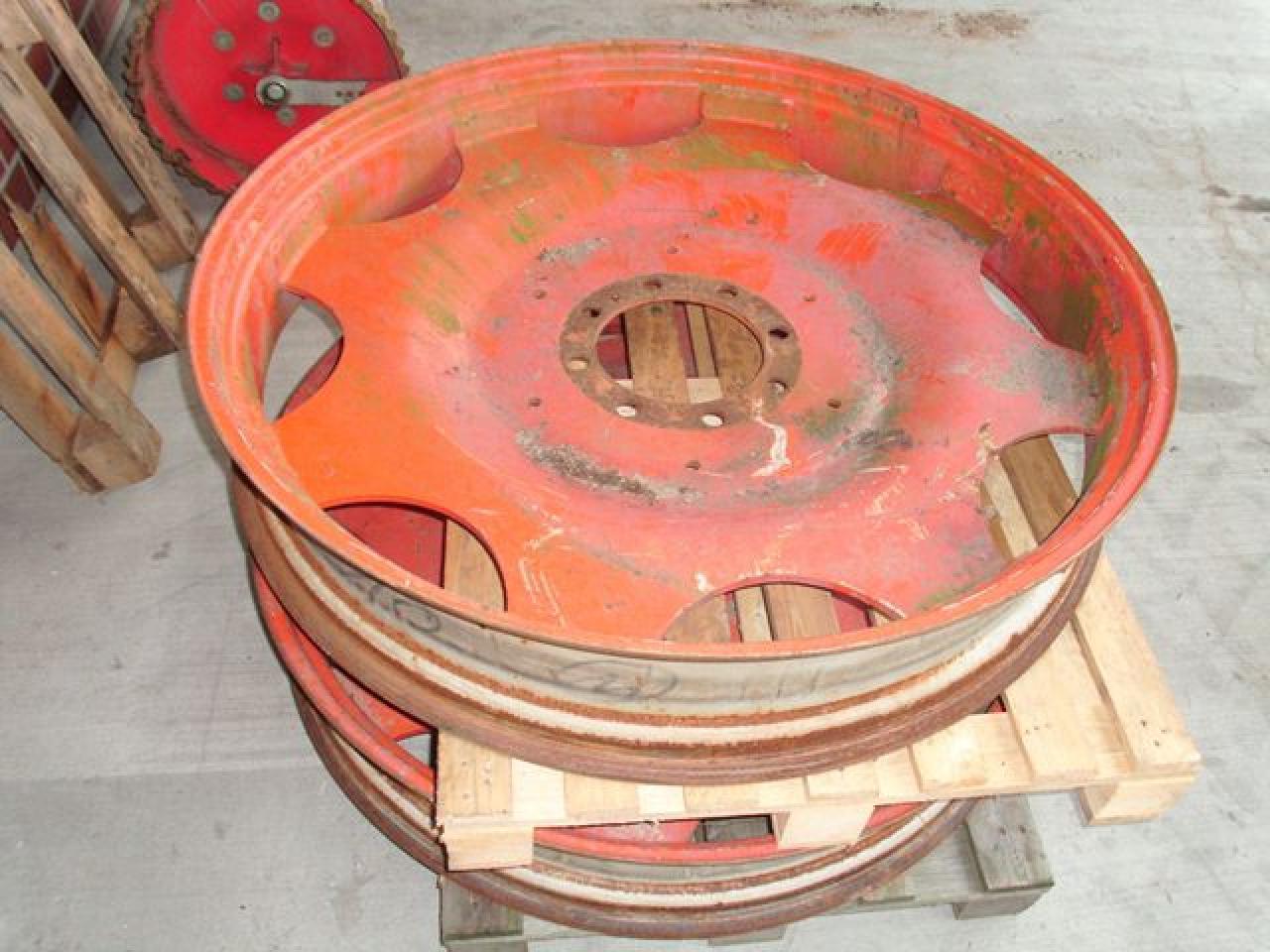 GKN-Walterscheid für 9.5-44 Reifen