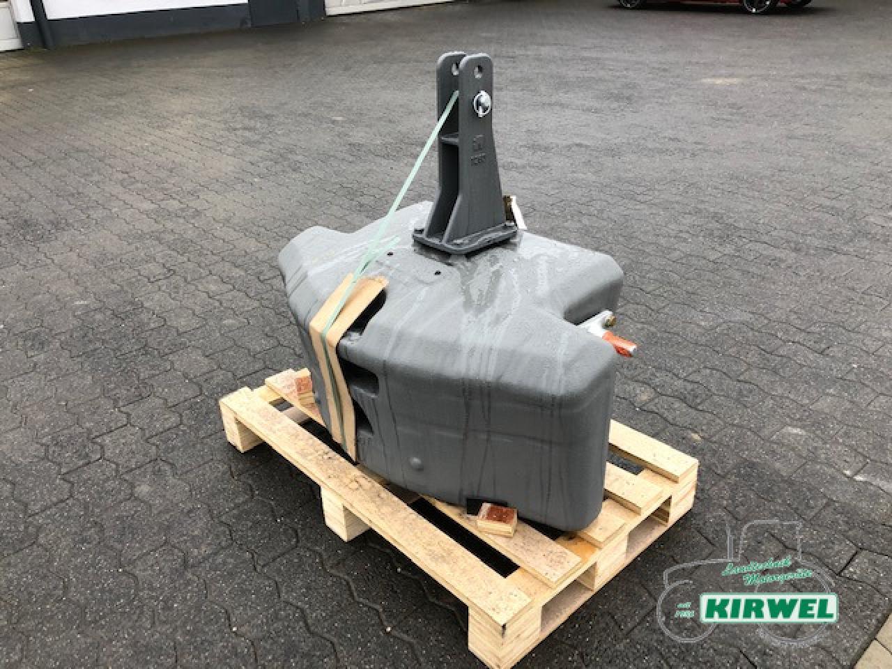 AGCO Gewicht 1500 kg