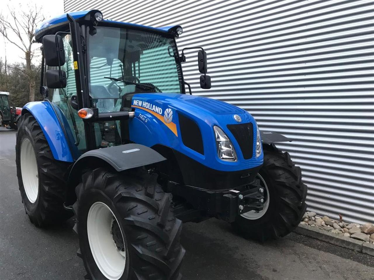 New Holland T 4S.55 CAB