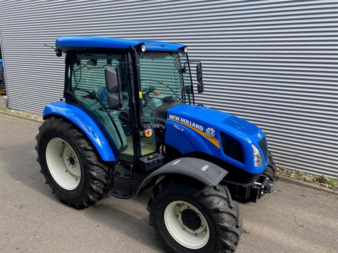 New Holland T4 S.55 CAB