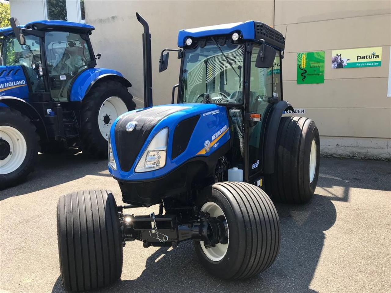 New Holland T4.90 N CAB