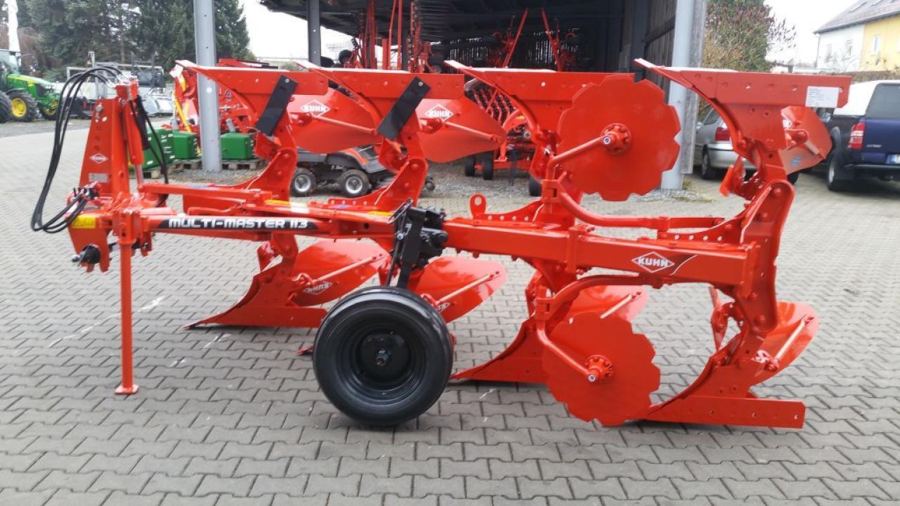Malzer Landtechnik Landtechnikbodenbearbeitunggassner U10