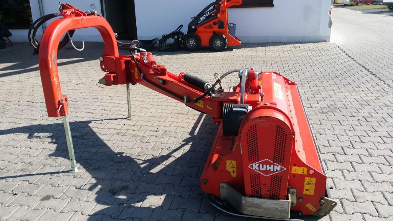 Kuhn TB 211