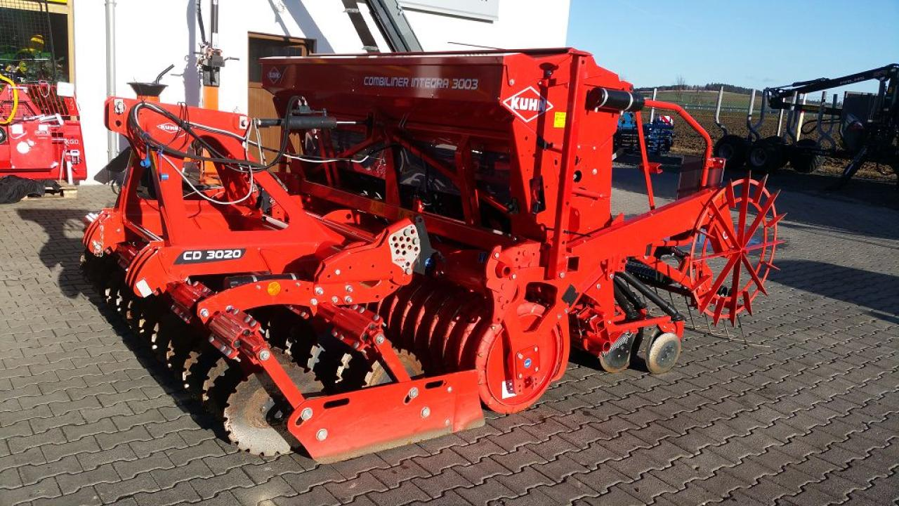 Kuhn Integra 3003 24 SD