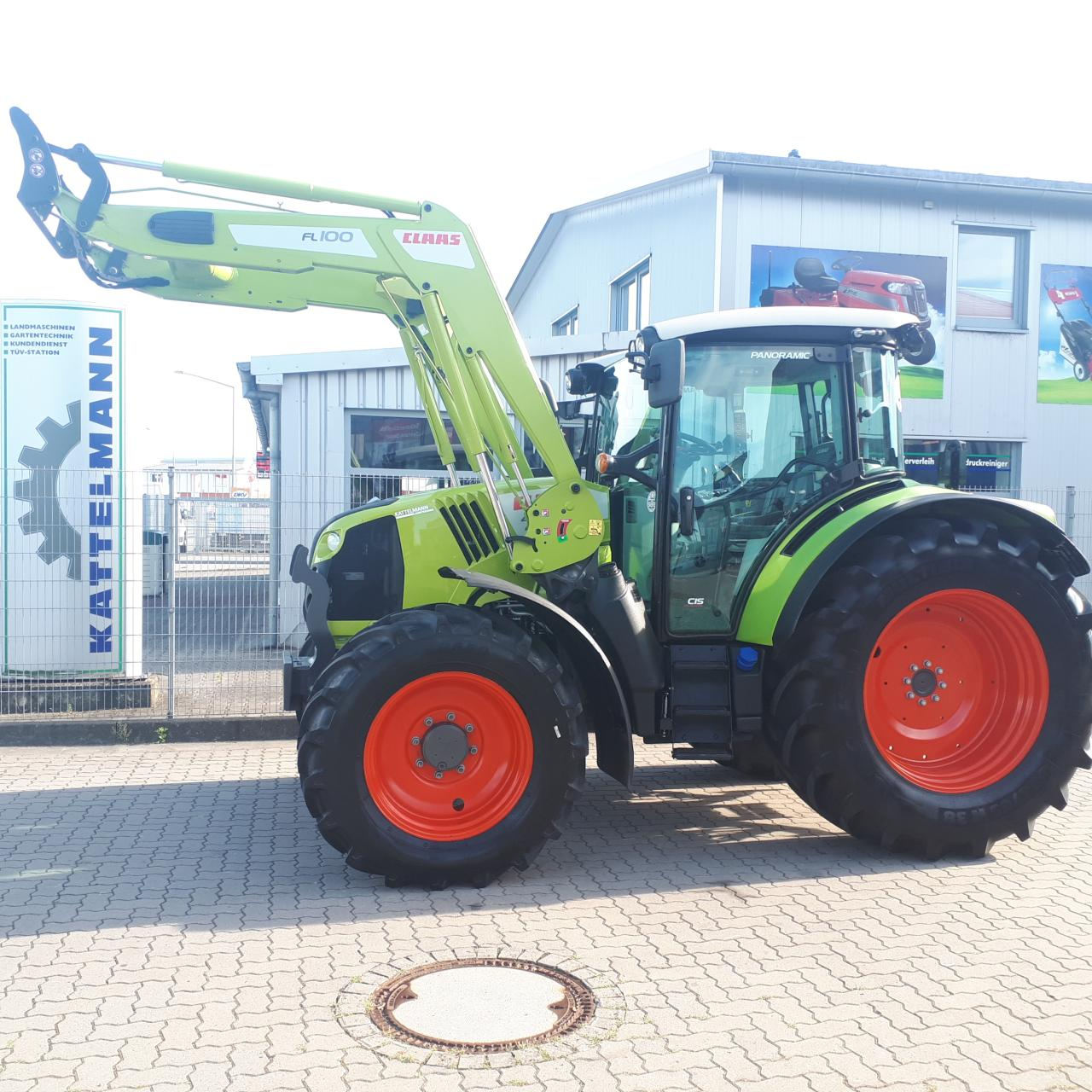 CLAAS Arion 440 Panoramic