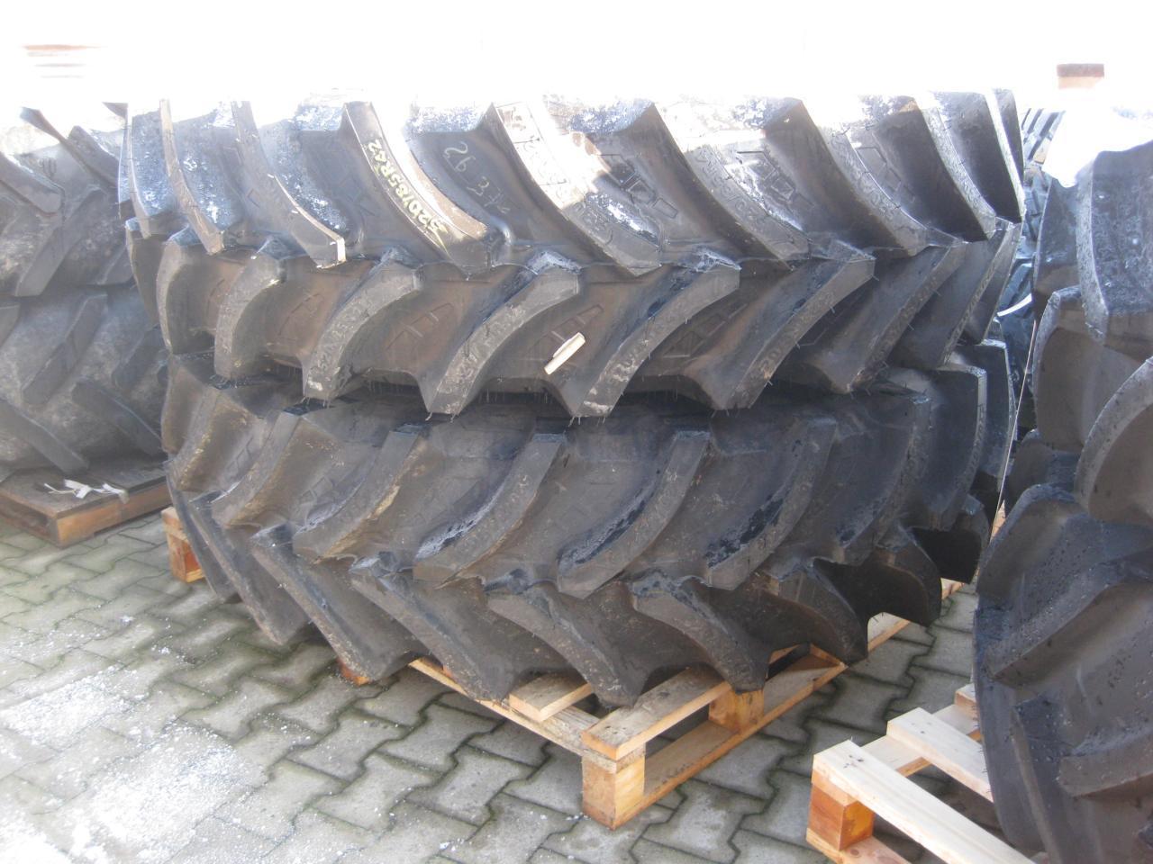 Petlas 520/85R-42