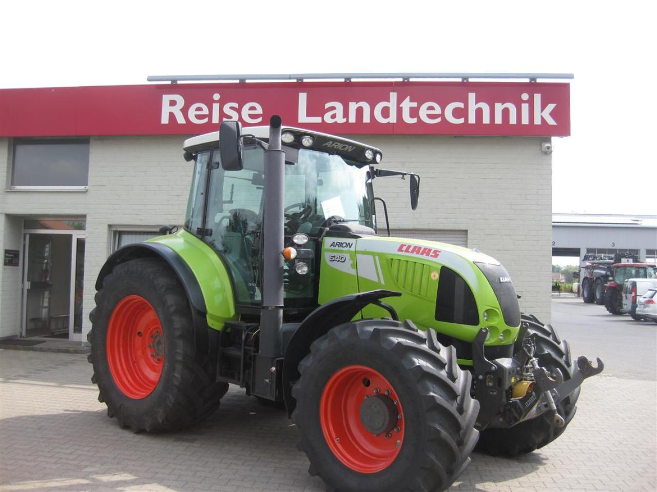 CLAAS Arion 640 Hexashift