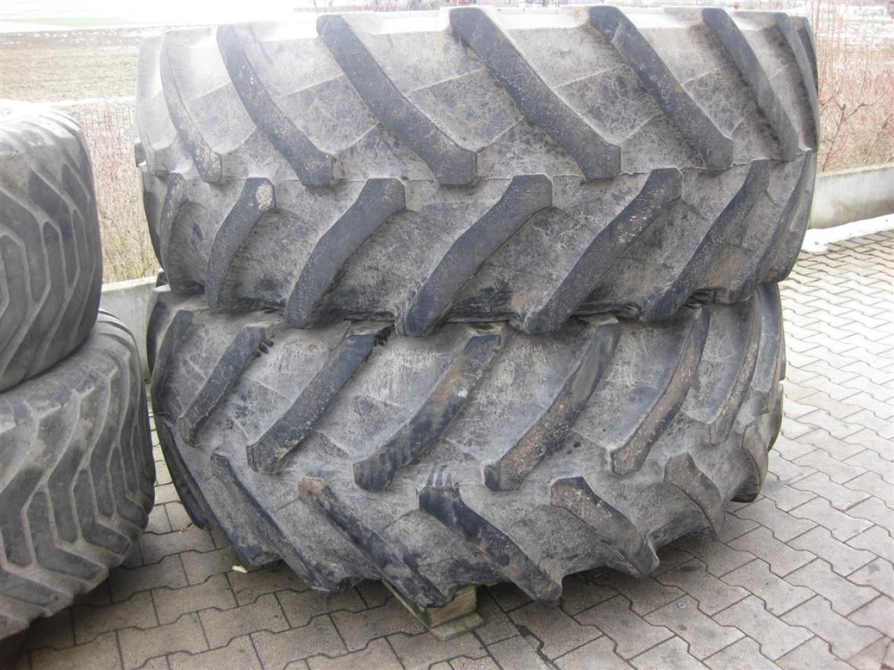 Michelin 600/65R-28 MachXBib