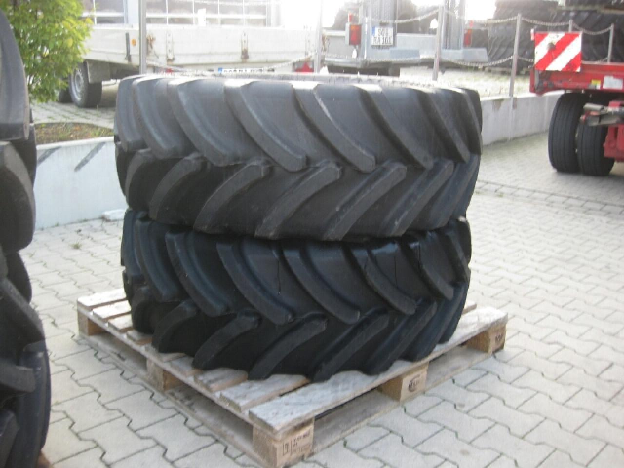 Firestone 440/65R28 Maxi Trac