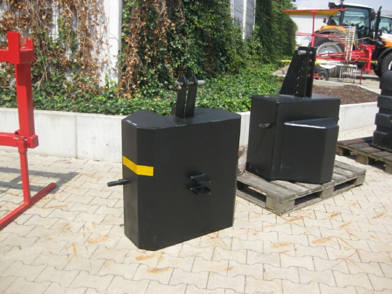Case Frontgewicht 600 kg