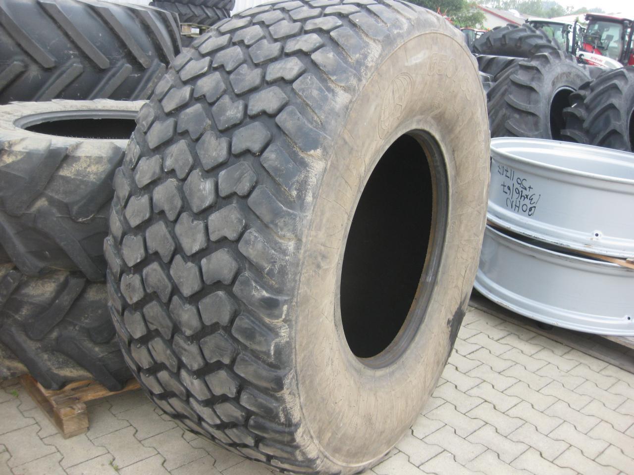 Michelin 650/65R-30
