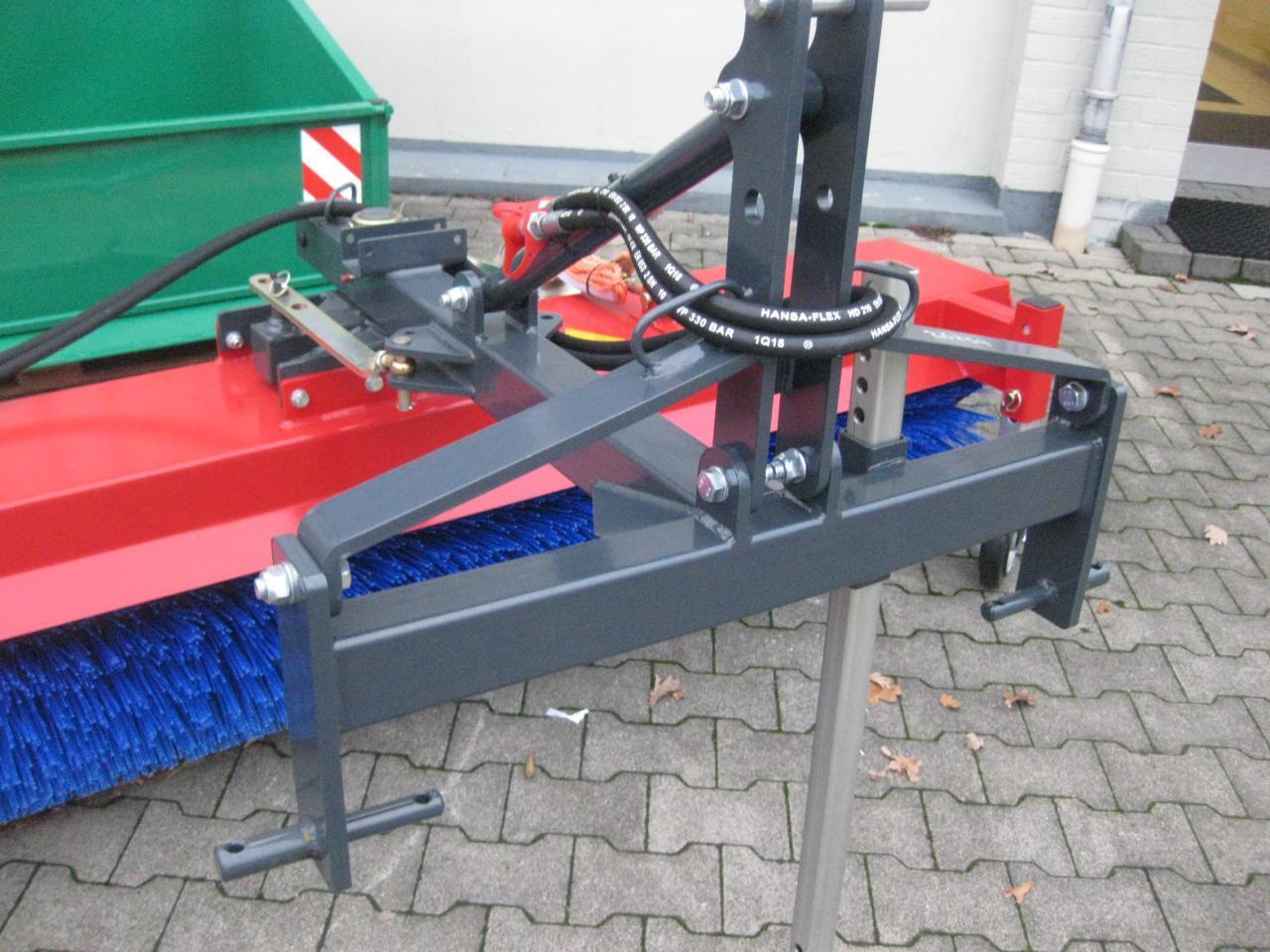 Tuchel Eco-Kehrmaschine