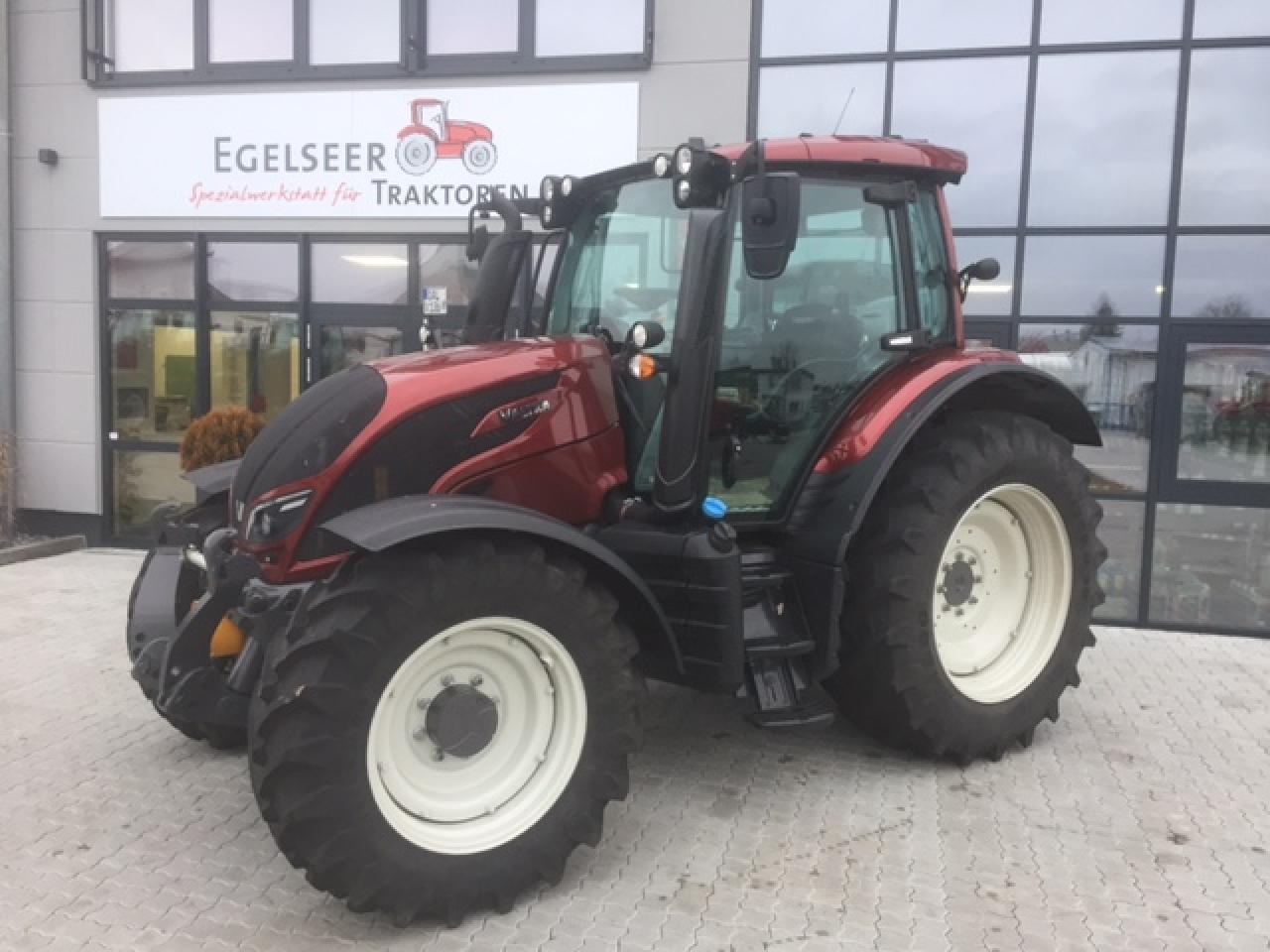 Valtra Schlepper / Traktor N104H VFM Egl