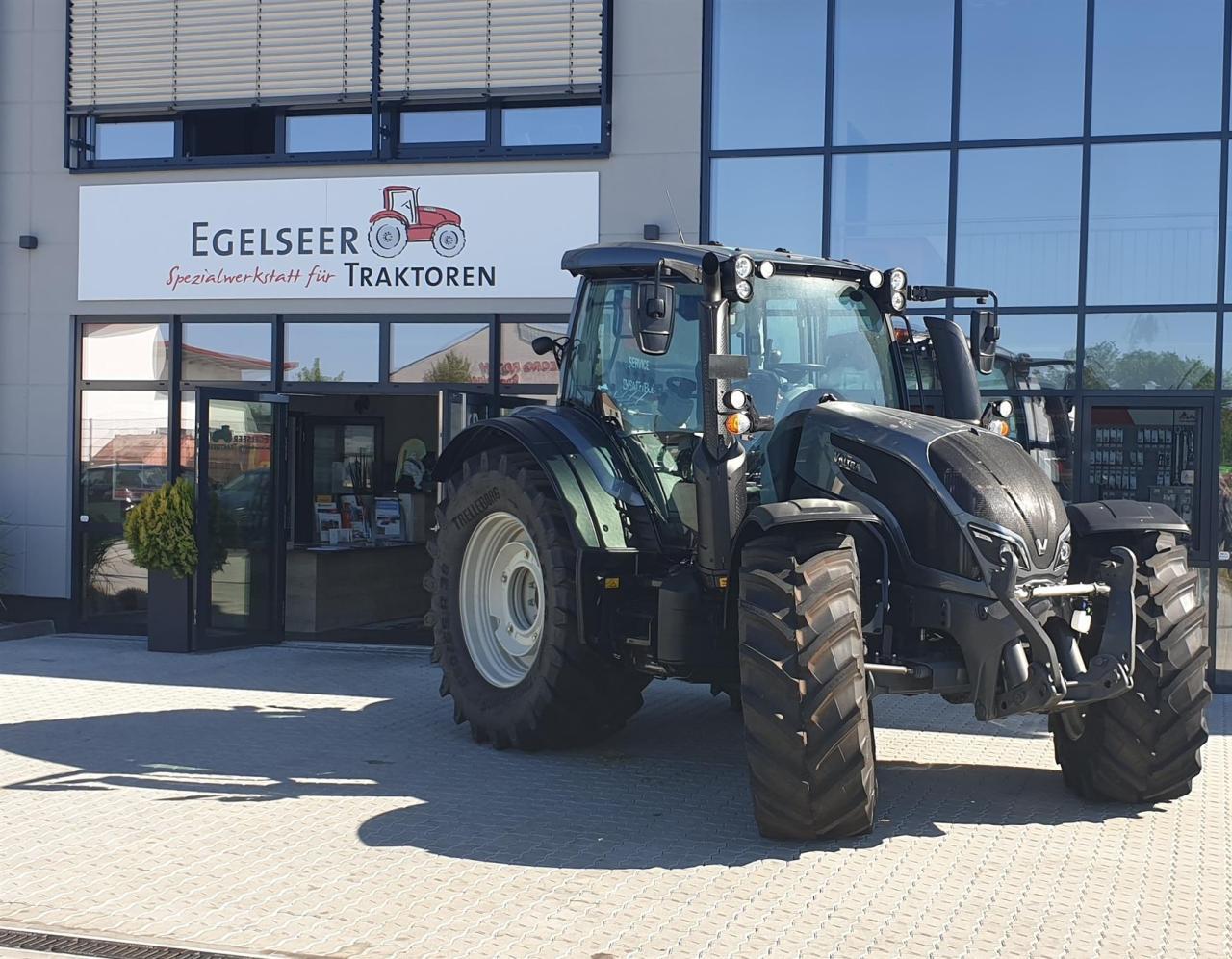 Valtra Schlepper / Traktor N 154 EA RÜFA