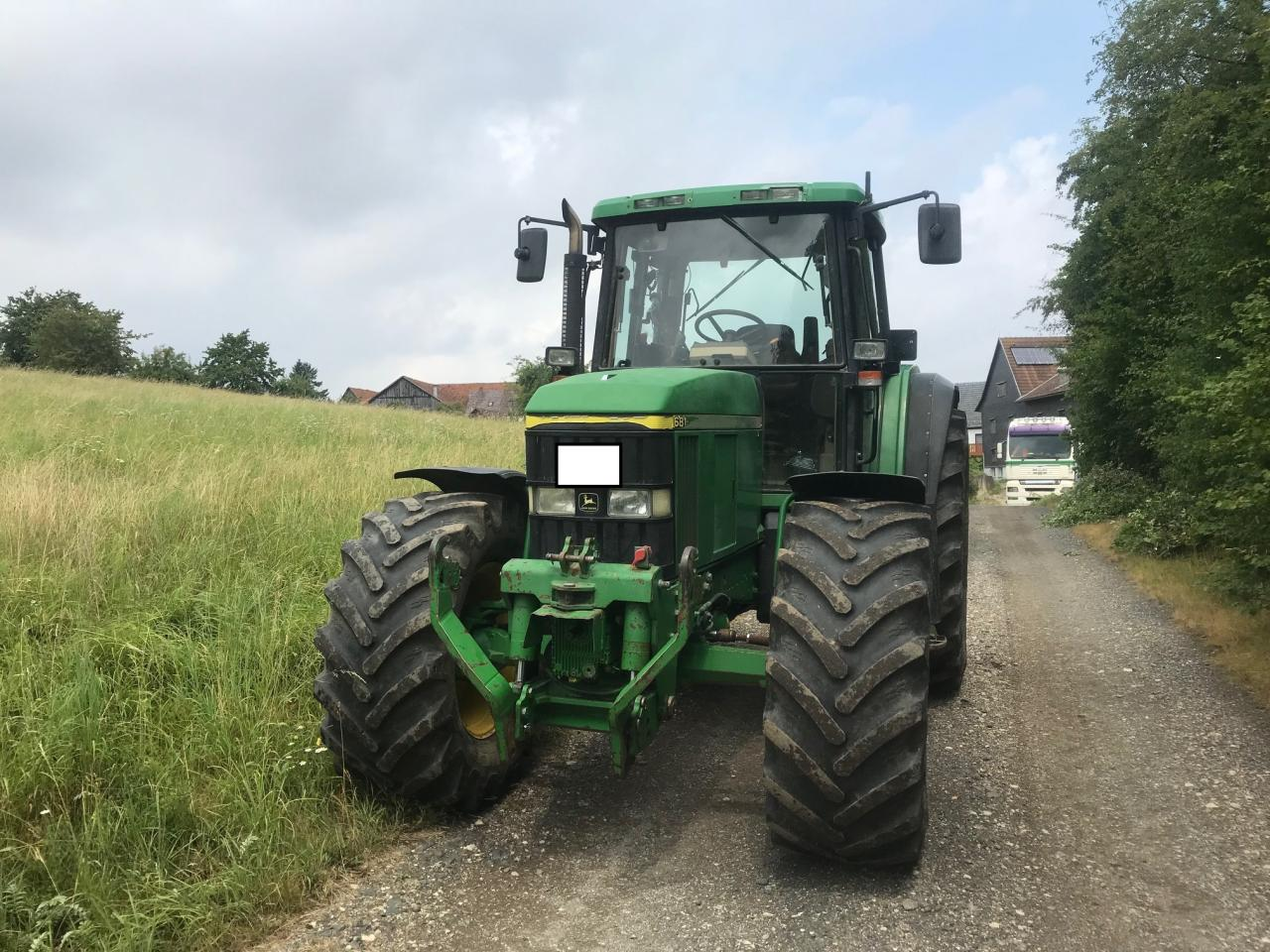 John Deere Schlepper / Traktor 6810 Autoquad