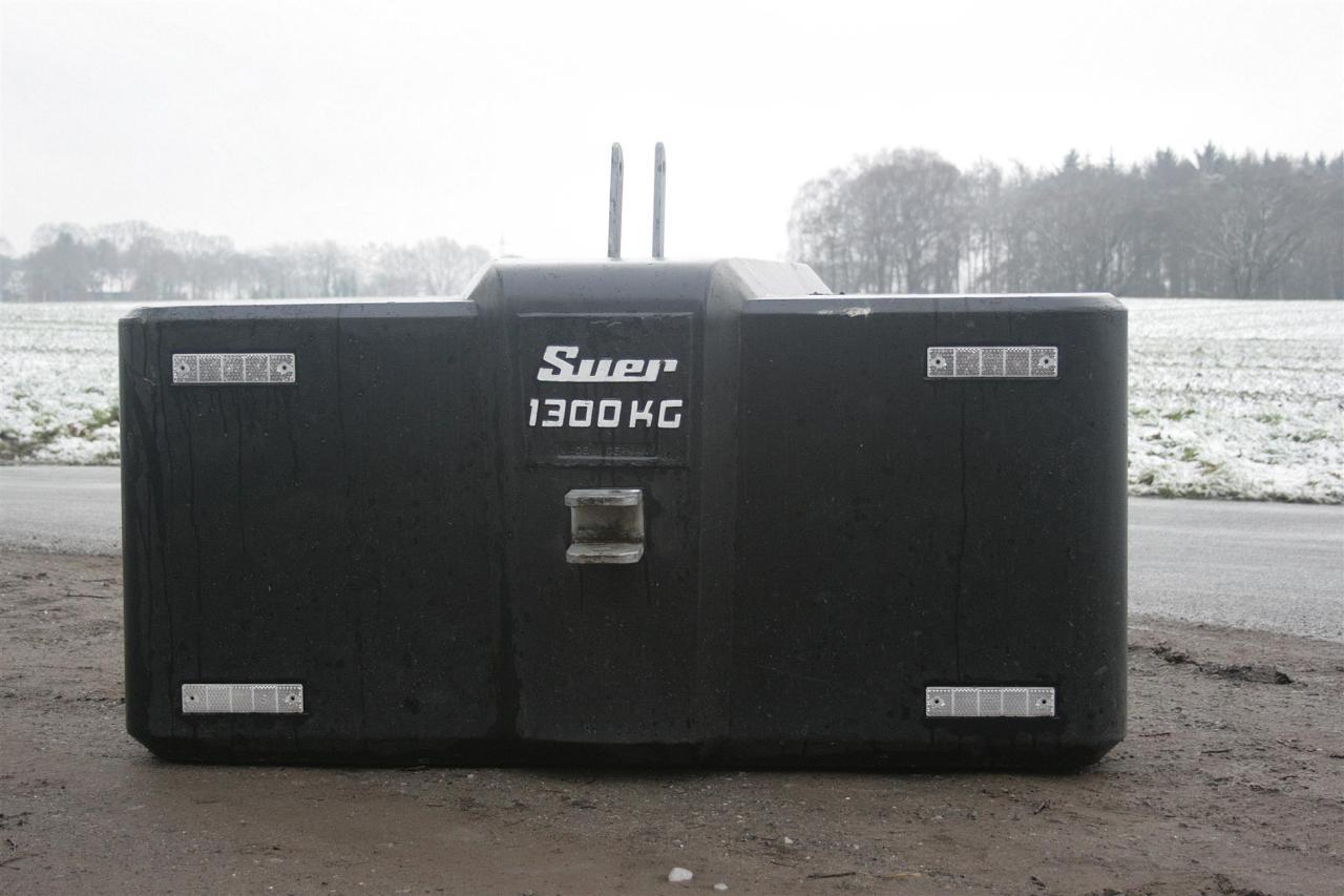 Suer Gewicht 1300kg