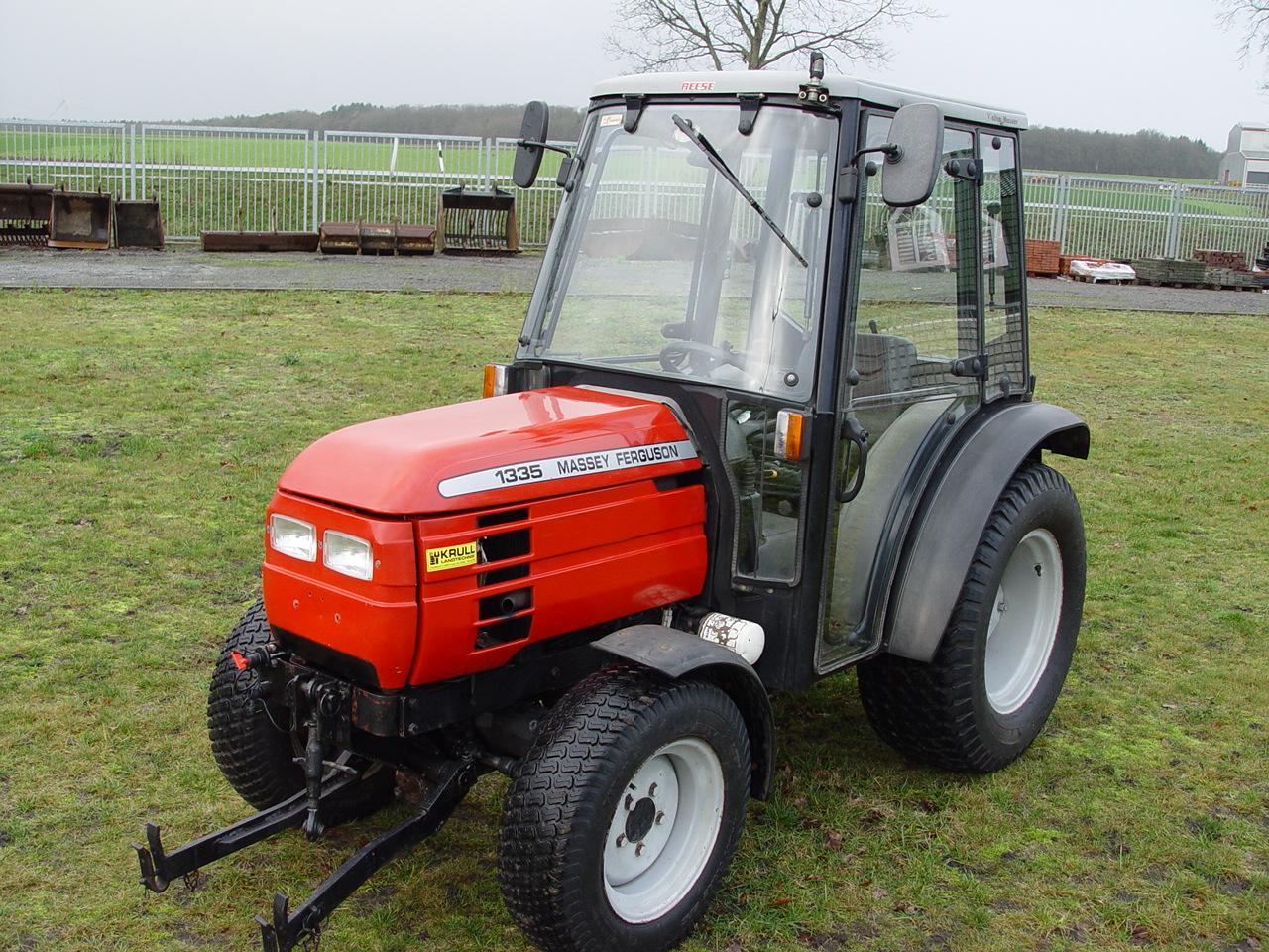 Massey Ferguson MF 1335