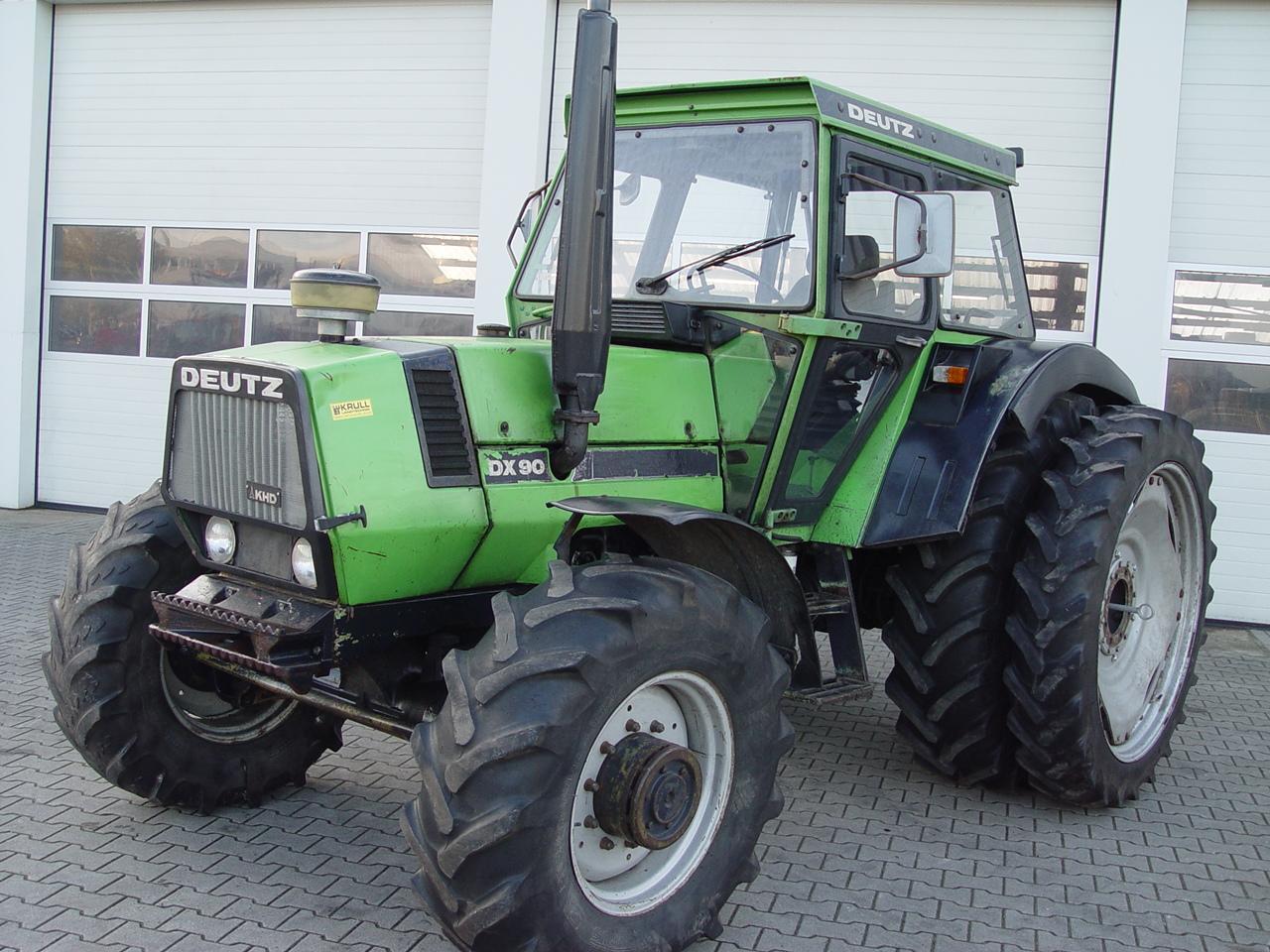 Deutz-Fahr DX 90