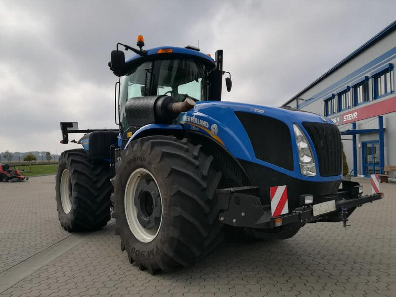 New Holland T 9.560