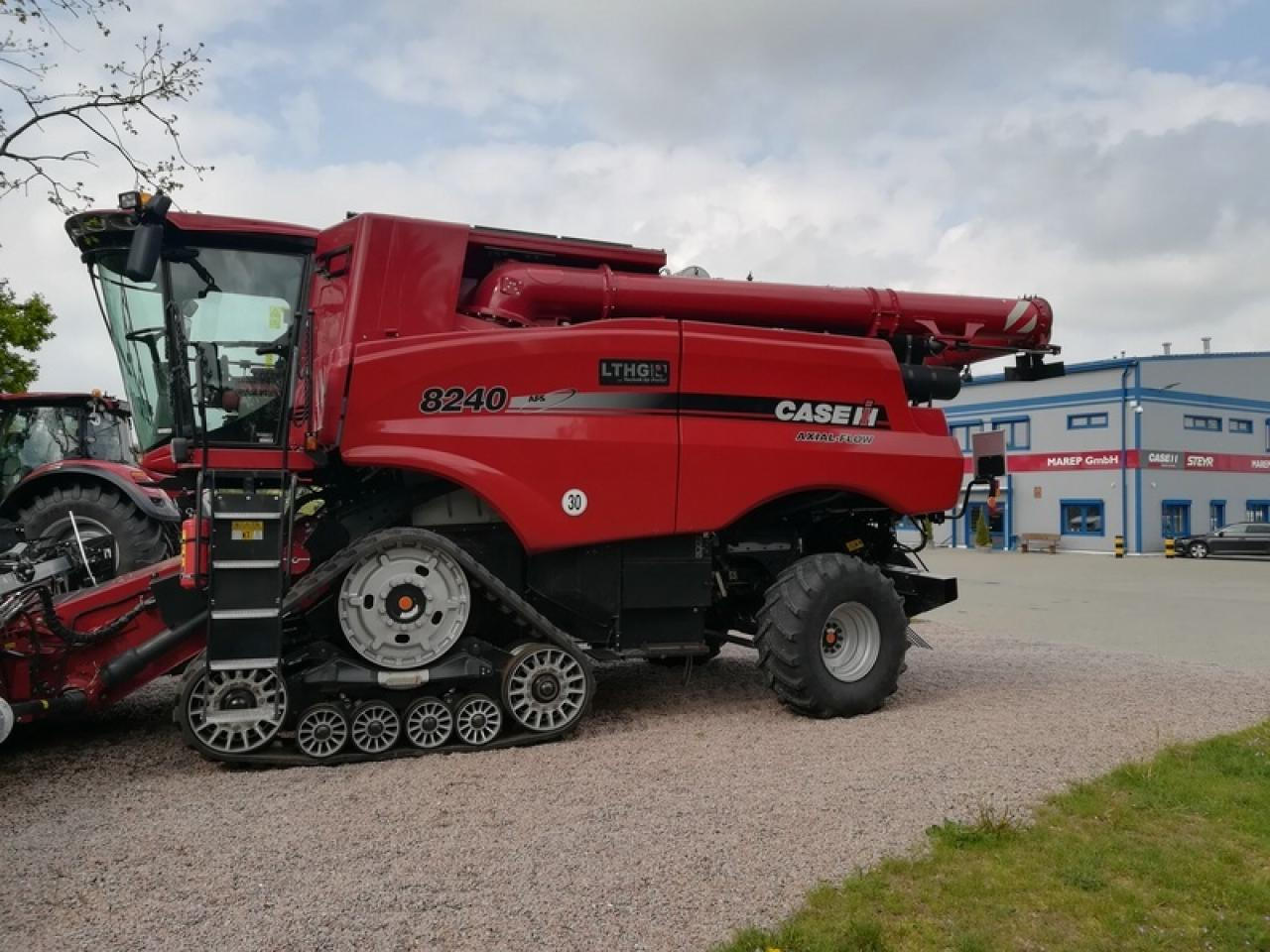 Case AXIAL FLOW 8240