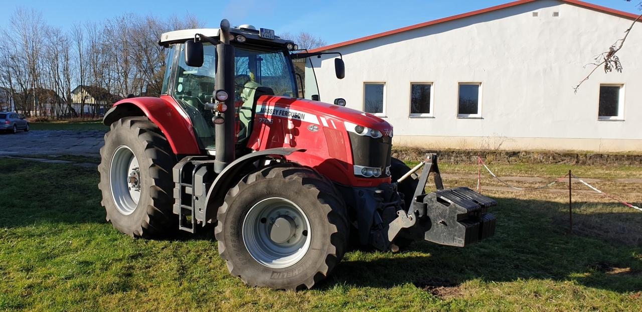 Massey Ferguson 7726 Dyna-Vt Exclusive