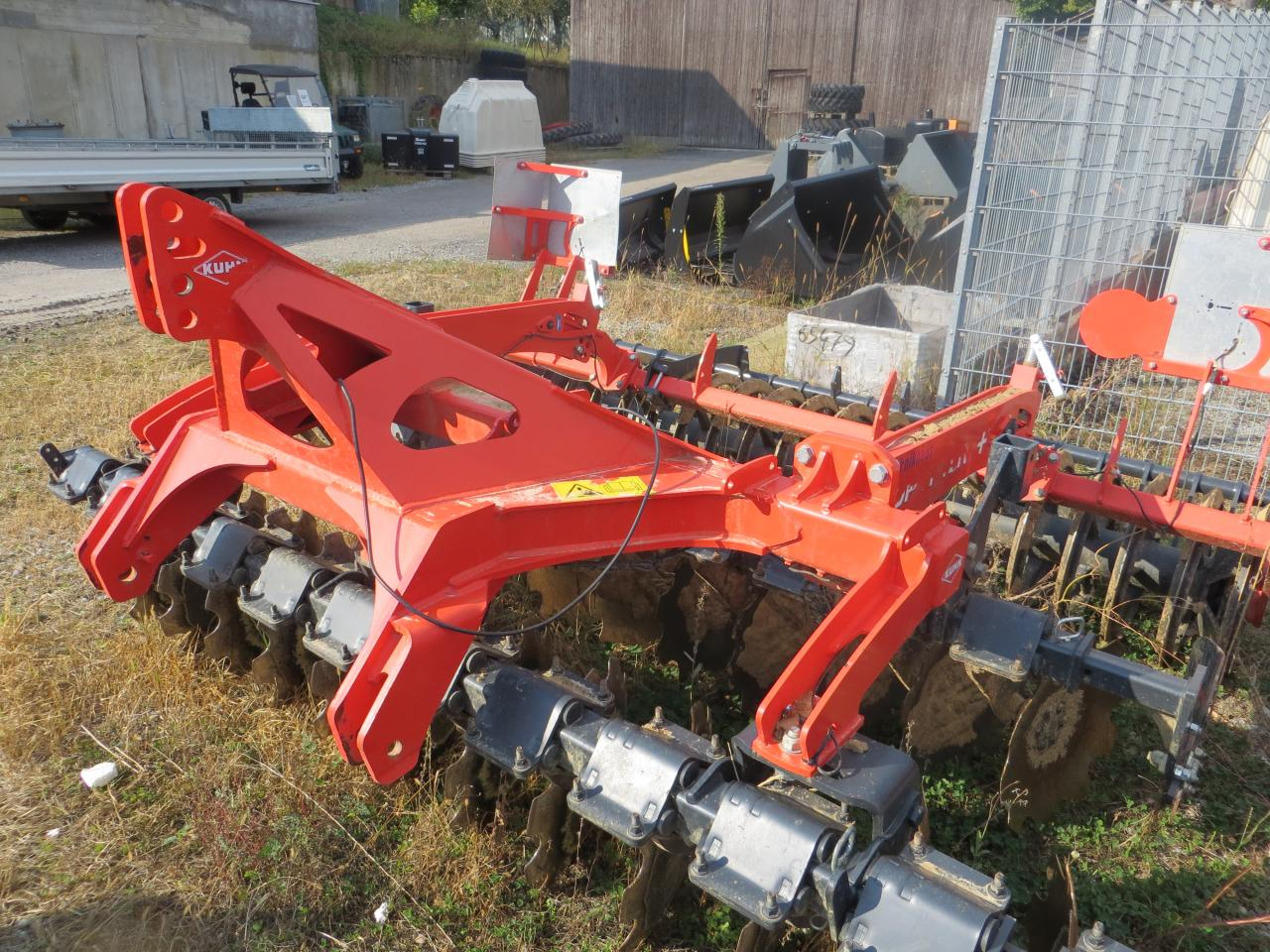 Kuhn Optimer+303Select