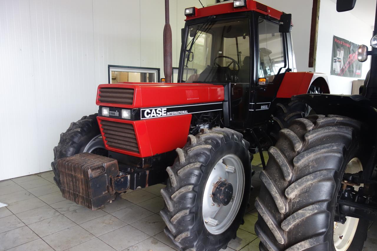 Case 956 XLA nur 1681 Std.