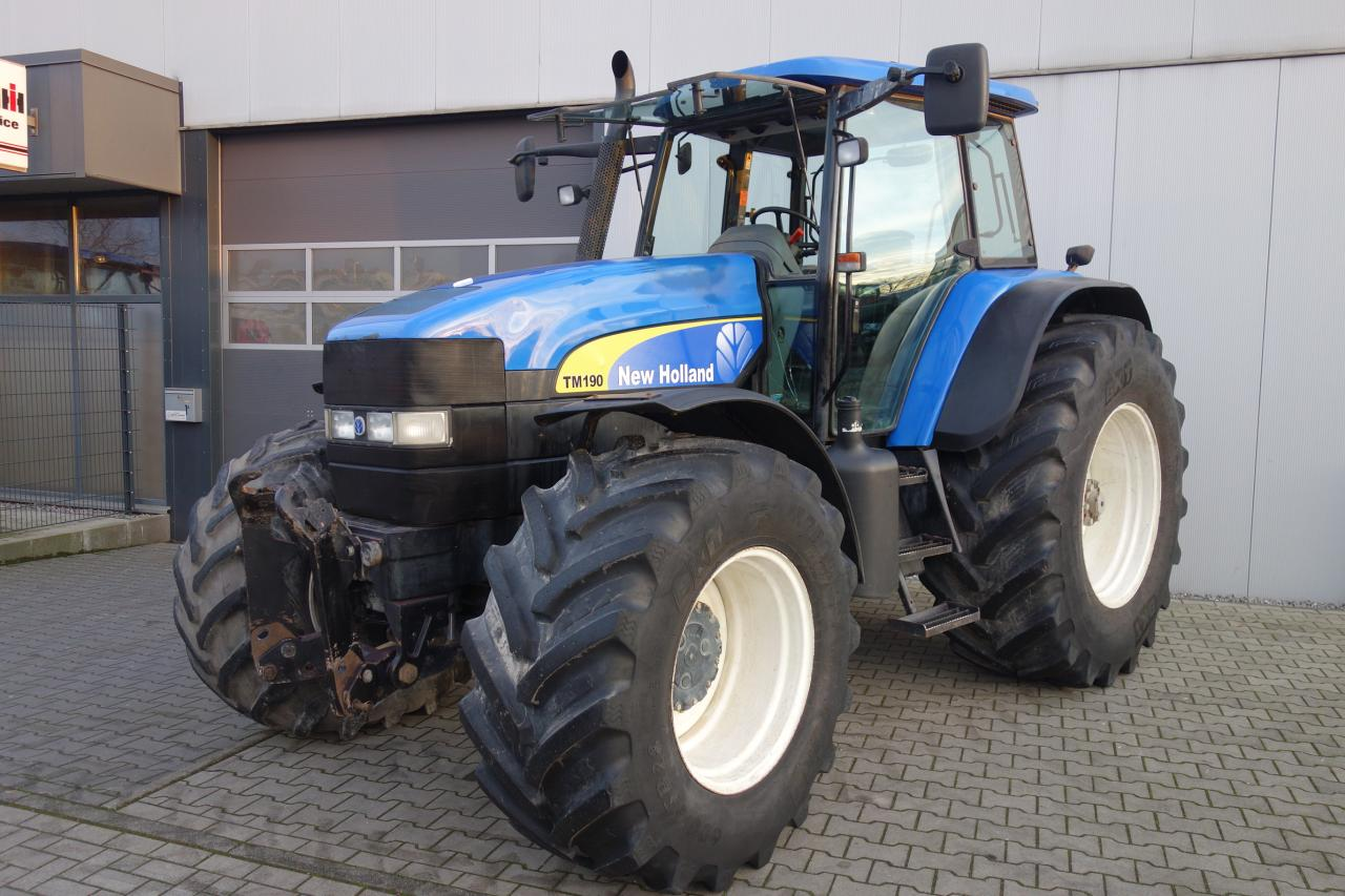 New Holland TM 190 Powercommand