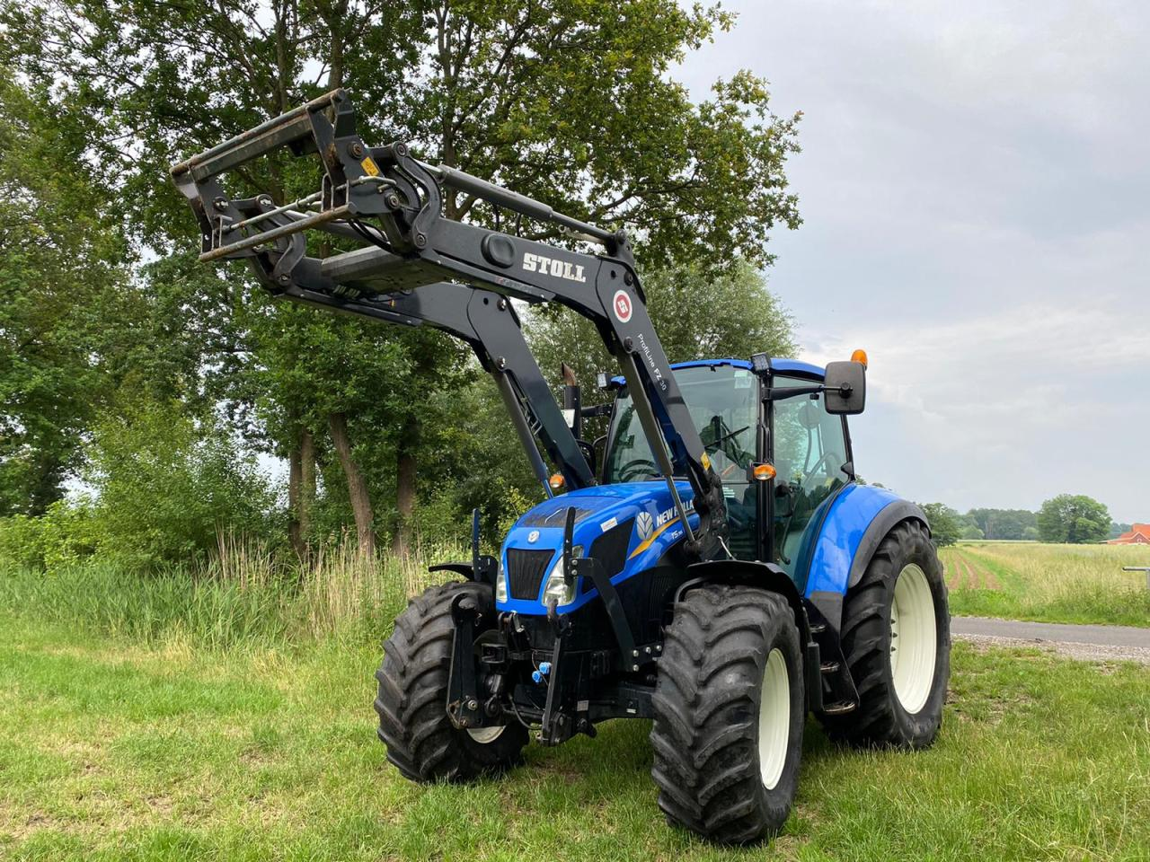 New Holland T5.95 Dual Command Frontlader