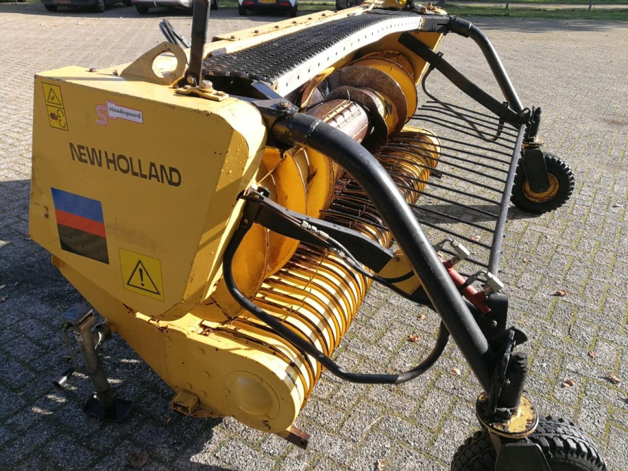 New Holland 340W
